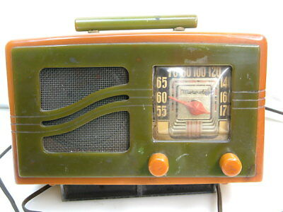 1939 Motorola Radio model 51X16 S-Grille for repair or parts