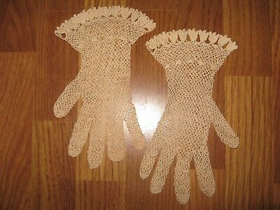 Antique Crochet Ecru Lace Ladies Gloves Tulip Design Trim