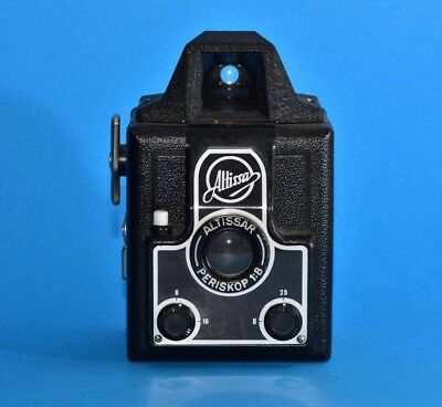 VEB ALTISSA prism shaped top CAMERA no sync + ALTISSAR Periskop 1954-57 & case