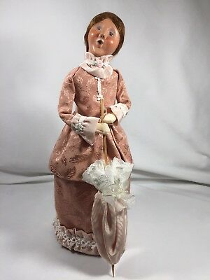 "Byers Choice Carolers ""VICTORIAN WOMAN w/PARASOL"" 2006, SIGNED BY JOYCE, RETIRED"