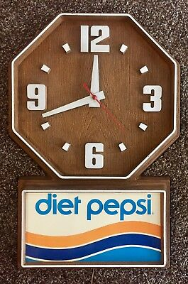 Vintage 70's Diet Pepsi Wall Clock Faux Wood Sign Rare Works VTG Advertising OBO