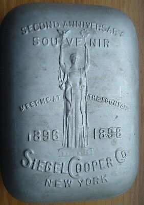 1898 Siegel Cooper Souvenir Covered Soap - New York -  Meet Me At The Fountain