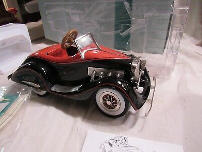 Hallmark Pedal car classics 1935 Dusenberg Luxury limited edition QHG7116