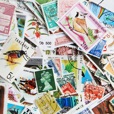 100Pcs Worldwide Foreign Countries Stamps Collection Commemorative Decor Craft