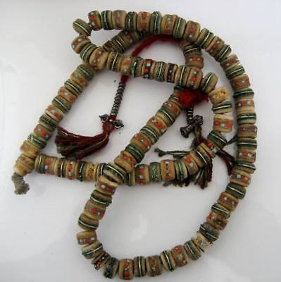 Ancien mala traditionnel ,os de yack ,turquoise ,corail rouge