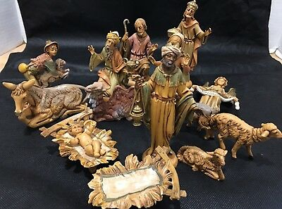 "Vintage FONTANINI ITALY Nativity Figurines - 5"" Scale and Under / 15 Pieces"