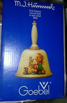 New 1st Edition Bas Relief Annual Bell 1978 Lets Sing MJ Hummel W Germany Goebel