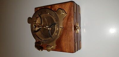 VINTAGE MARITIME ANTIQUE BRASS SUNDIAL COMPASS NAUTICAL in wood box