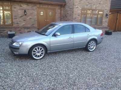 Ford Mondeo 3.0 ghia X with only 28,342 miles