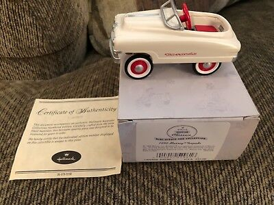 1999 Hallmark Mini kiddie Car Collection 1950 Murray Torpedo. MIB