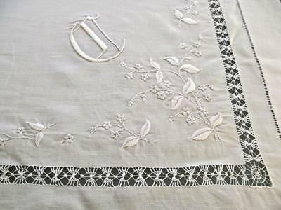 "Antique White Linen 42"" Bridal Topper Tenerife Lace FAB Embroidery Gothic Mono C"