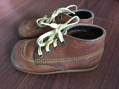 7fad17585bbb9 VINTAGE BUSTER BROWN Leather Toddler Shoes - Great Condition