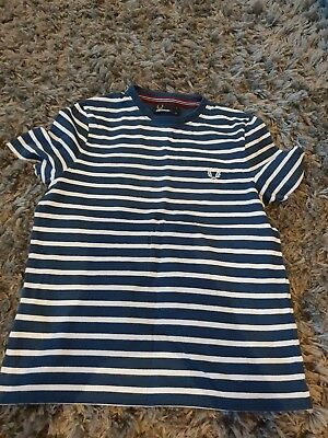 Boys Fred Perry T Shirt Size S