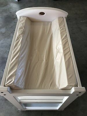 White Boori Country Collection Change Table With Mat And Cover