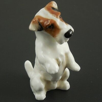 FINE ENGLISH Royal Doulton Sealyham Terrier Figure K3. VB. Begging Position 30s