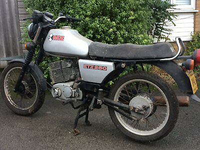 MZ ETZ250 project, non-runner, evicted from shed