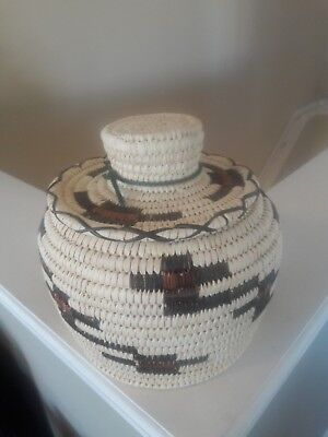 Papago Natural Colors Coiled Basket With Lid