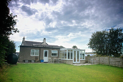 January 25-7 Weekend. Bargain Self catering holiday cottage. N Wales. 7 people