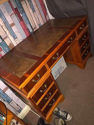 Lovely Yew Pedestal Writing Desk With Leather