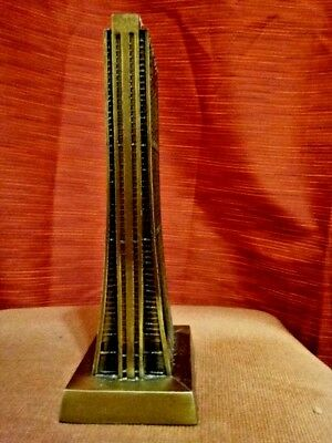 Chase Tower metal Chicago souvenir building replica and coin bank paperweight