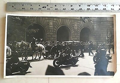 original 1945 PHOTO 8X13 PRESIDENT FRANKLIN D ROOSEVELT FUNERAL PROCESSION