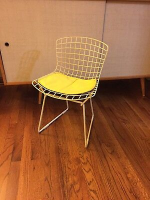 Mid Century Harry Bertoia for Knoll Kids Chair
