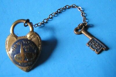 1939 New York Worlds Fair Pin ~ Lock and Key on Chain~ Pin Missing from Key