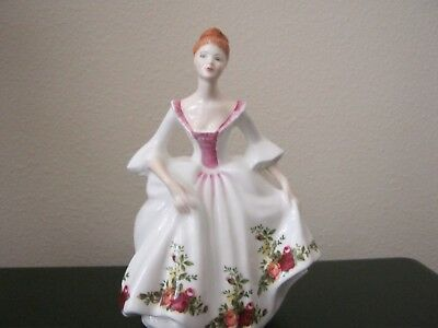 """Royal Doulton HN3221 COUNTRY ROSE 8"""" Lady Figurine"""