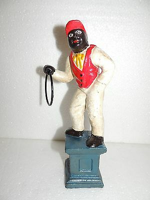 LAWN JOCKEY CAST IRON Collectible Garden Black Americana