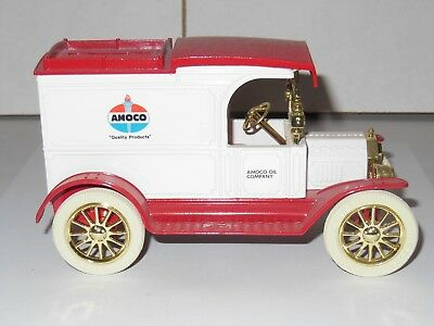 ERTL Amoco 1913 Ford Model T Delivery Van Diecast Truck Bank