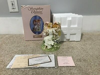 Seraphim Classics #84387 Michelle Hope Blooms Angel COA