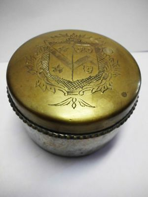 antike Messingdose mit Wappen / beautiful antique brass box with coat of arm