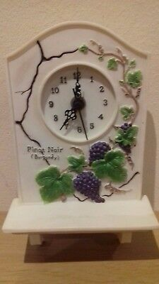"Vintage Quartz Kitchen Wall Clock ""Pinot Noir Grape Vines"" VGC"