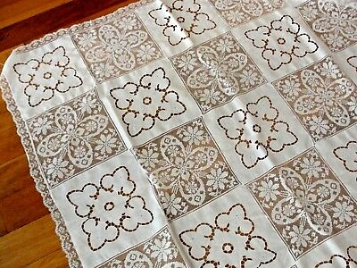 """Vintage White Army Navy Filet Lace Tablecloth Embroidered Linen.50 """" x 50"""""""