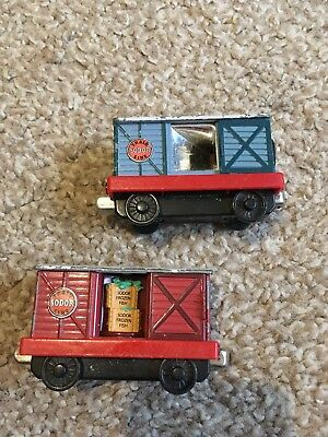 Thomas The Tank Engine Take And Play  Magic Carriages Collectible Movie Car