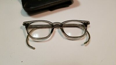 True Authentic Vintage Romco 1960's Rounded Ear Plastic Frame Glasses