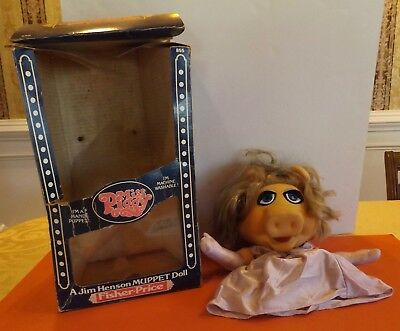 Fisher-Price 1980 Miss Piggy Muppet Hand Puppet/ Doll