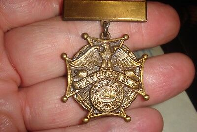 Antique WWI Veterans Victory Medal 1917 - 1918 City of Bayonne New Jersey