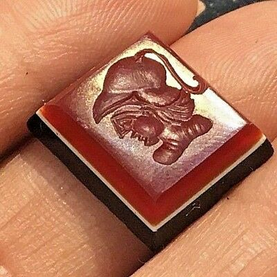 RARE Amazing Antique Eye Agate Handsome King In Armour Hat Intaglio seal Stamp