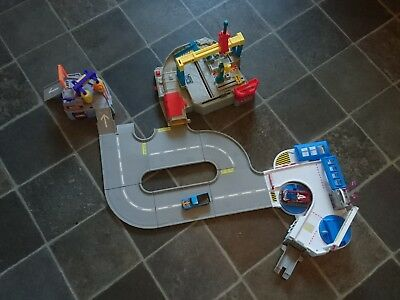 HOT WHEELS ULTIMATE RACEWAY 3-IN-1. Mattel 2009. (discontinued ~ rare).