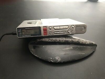 VINTAGE SONY MD MINIDISC WALKMAN RECORDER MZ-R37 Bundle