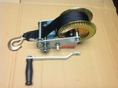 double gear strap hand winch. 2000lbs rating for trailers or fixed application