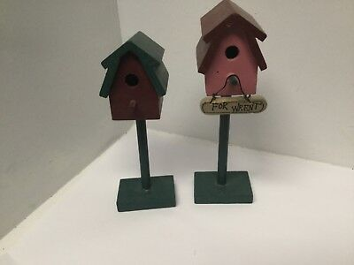 Set Of Two Decorative Miniature Wren Bird Houses On Pedastals 5.5 & 6 Inches F24