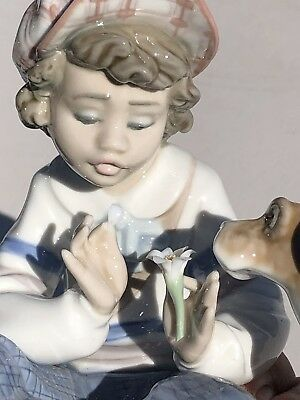 Lladro 5450 I Hope She Does Figurine Boy In Love Hand Signed Mint Condition
