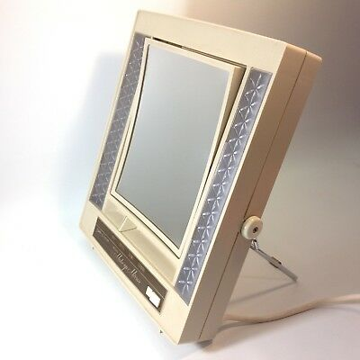 Vintage Retro Make Up Mirror with Lights