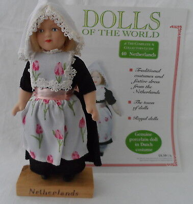 Dolls Of The World , Netherlands Doll And Book 40