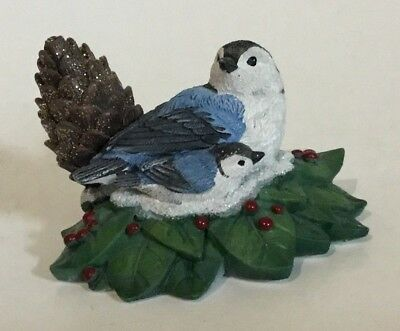 Bradford Exchange Holiday Tweets Song Bird Figurine White Breasted Nuthatch