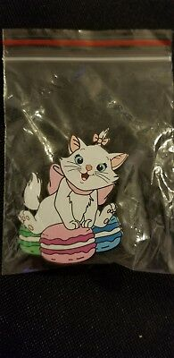 Disney Aristocats Marie Sitting on Macaroons Fantasy Pin Limited Edition LE 50