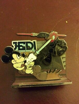 2008 Disney Pin 3D DLR Mickey's Odyssey Diorama Jedi Mickey vs Darth Maul Donald