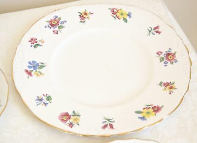 BONE CHINA SERVING PLATE Made in England. Vintage Royal Vale